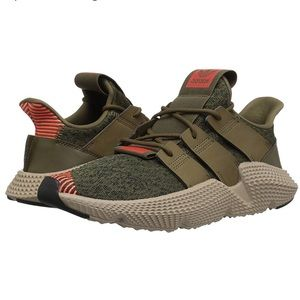 New Men's adidas prophere running shoes NWT